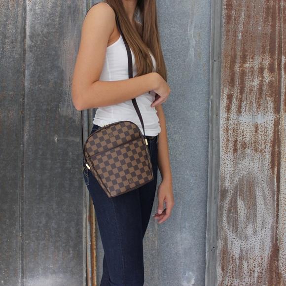 878c72f84d6a Louis Vuitton Handbags - Auth Louis Vuitton Ipanema Damier Ebene Crossbody